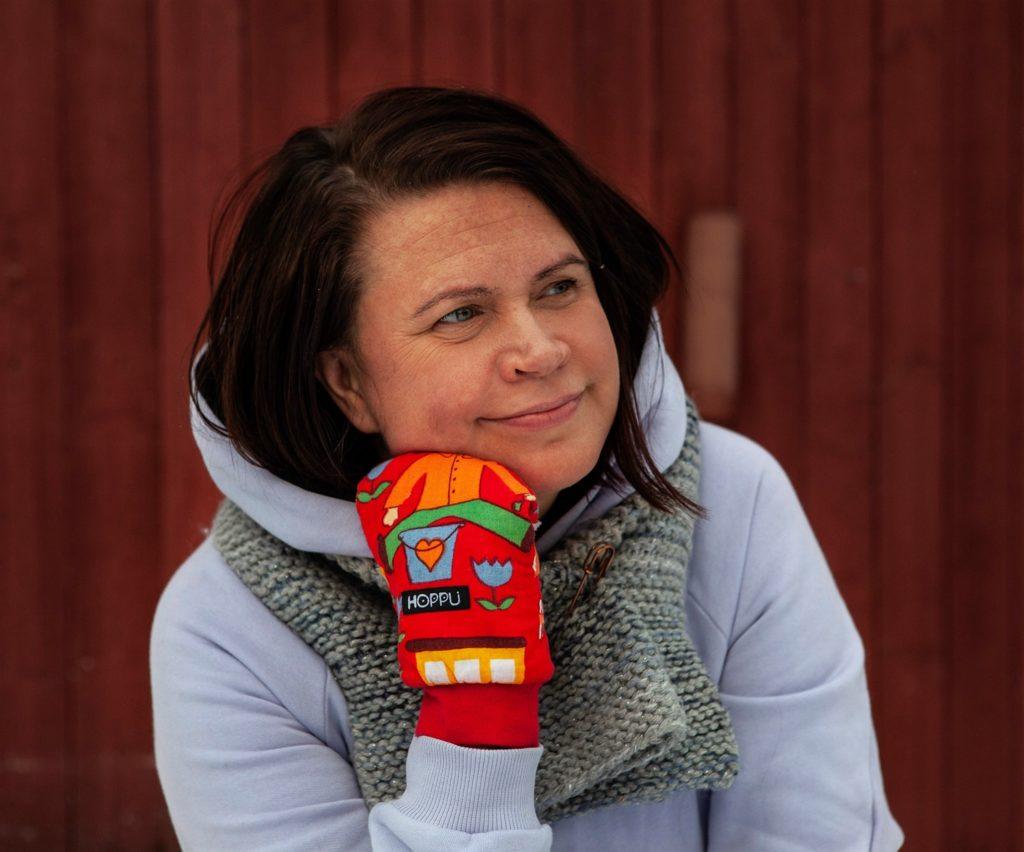 Anna-Maria Isola on tutkijana Terveyden ja hyvinvoinnin laitoksella ja Turun yliopistossa.
